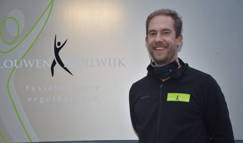 <p>Cees de Wolf, fysiotherapeut bij Louwen & Muilwijk: &ldquo;We krijgen steeds meer inzicht in de vereiste aanpak bij mensen die van corona zijn genezen.&rdquo;</p>