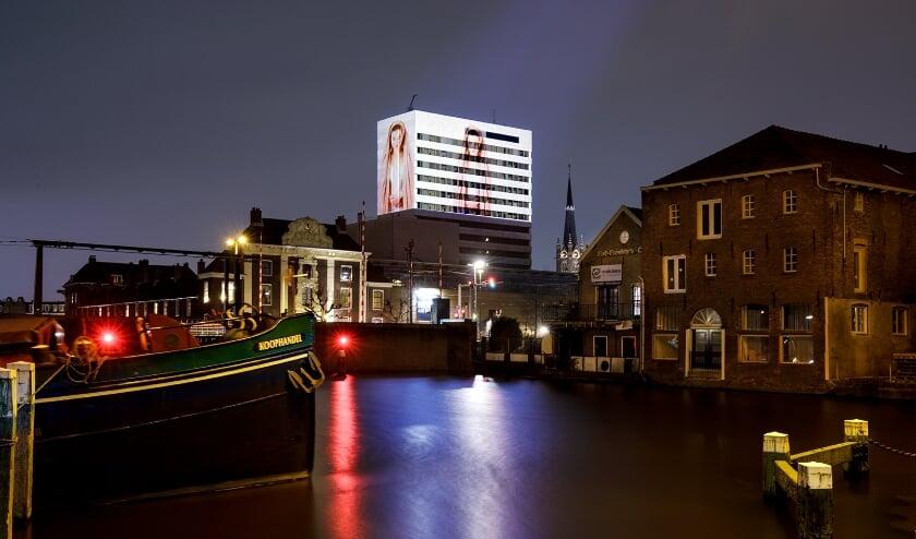 <p>Werk van Mirjam Boomert op het stadskantoor in Schiedam. (Foto: Aad Hoogendoorn)&nbsp;&nbsp;</p>