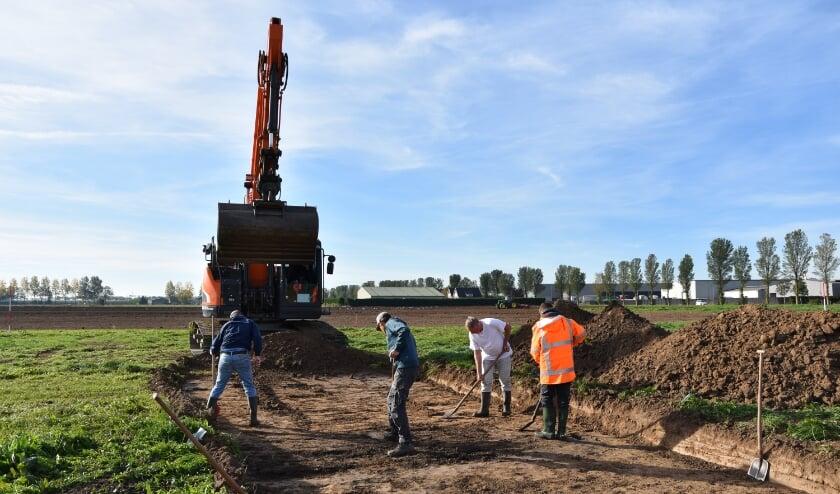 <p>Van 8 tot 17 oktober 2018 hebben archeologen van VUhbs archeologie opgravingen uitgevoerd langs de Hamstraat. De grond daar werd goed afgezocht met een metaaldetector.</p>
