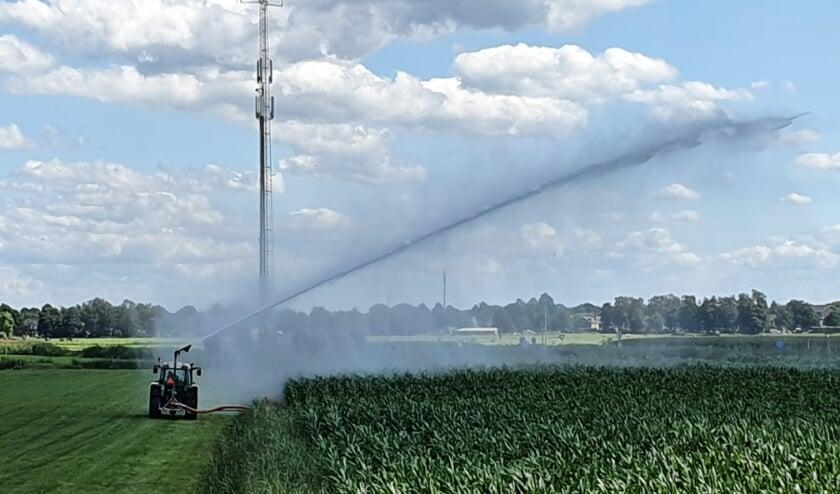 <p>Vanaf vrijdag 22 januari kunnen landbouwers hun grond weer beregenen.</p>