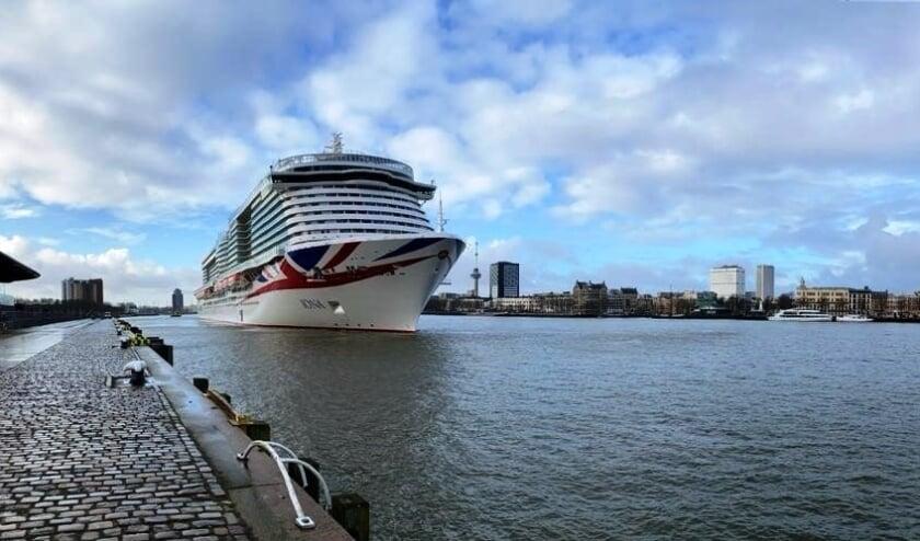 <p>Iona tijdens een eerder bezoek aan Rotterdam.</p>