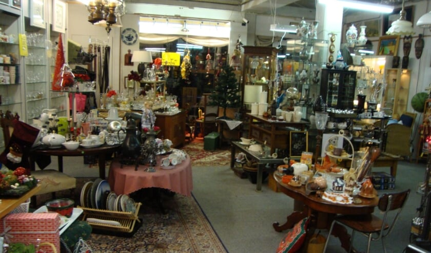 <p>De fysieke winkel is nog niet geopend maar toch wordt er volop verkocht bij de Oude Kassa aan de Zandstraat.</p>