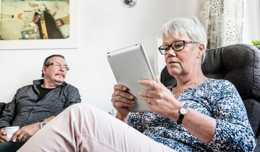 <p>Het project &lsquo;Koffie met een Tablet, een digitale ervaring rijker&rsquo; is speciaal voor oudere inwoners.</p>