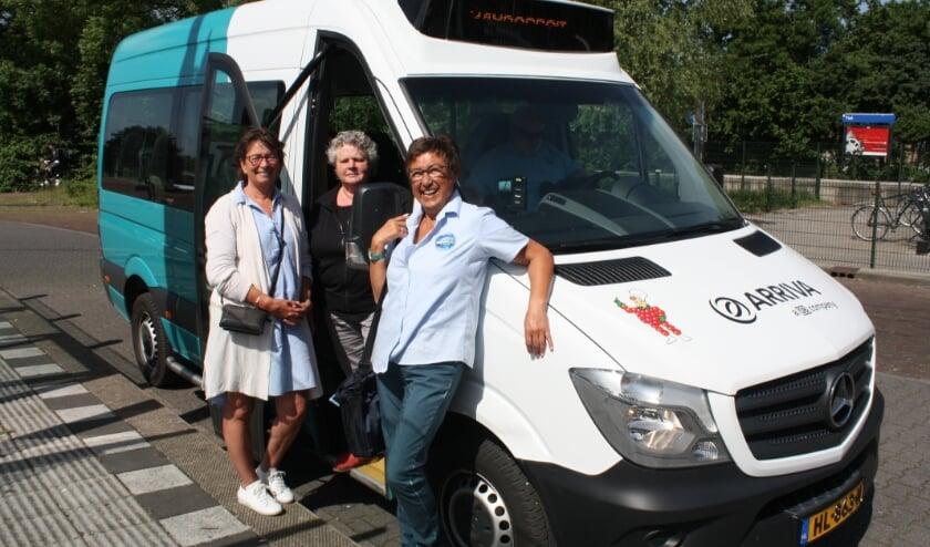 <p>Gelukkig kan de buurtbus weer rijden! Nieuwe chauffeurs maar zeker ook chauffeuses zijn van harte welkom (Archieffoto anno 2018)</p>