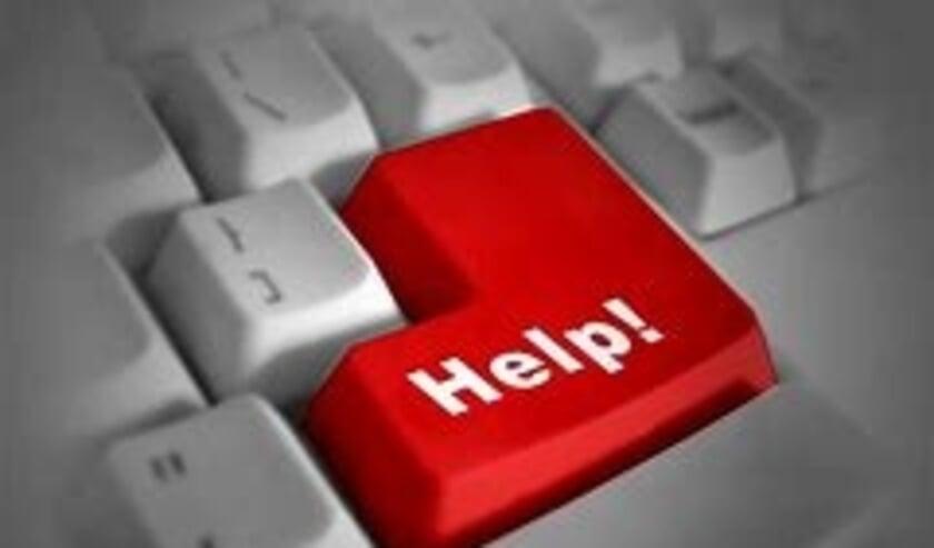 <p>Oudere inwoners van Albrandswaard kunnen telefonisch hulp vragen bij computerproblemen. Zodra corona het weer toelaat, gaan de inloopspreekuren in wijkcentrum Boekenstal en wijkcentrum Portland weer open</p>