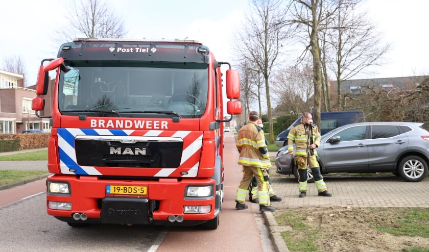 Brandweer rukt uit naar Akelei in Tiel