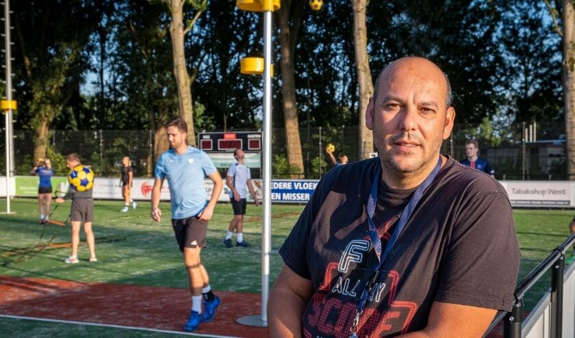 <p>Frits Wip, nog een paar maanden trainer van KCC. (Foto: Wijntjes Fotografie)</p>