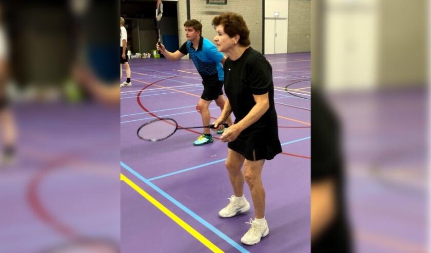 <p>Marianne Arends (voor) is een van de oorspronkelijke oprichters van Badminton Club Lieshout en nog steeds een zeer actief lid.&nbsp;</p>