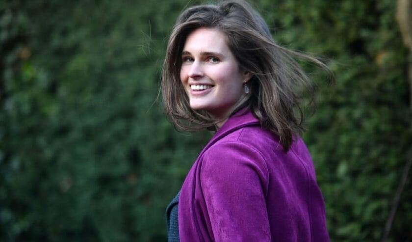 <p>Ellen Temmink, voorzitter van de leerkring &#39;Eenzaamheid onder jongeren&#39;, roept iedereen op om mee te doen aan de hackathon. (Foto: PR)</p>
