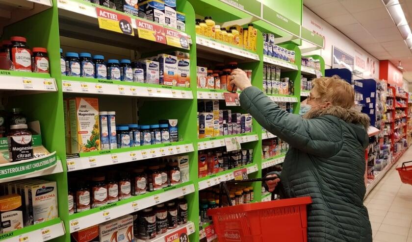 <p>Mensen slaan nog steeds massaal vitaminen in onder de noemer: &#39;baat het niet, dan schaadt het niet&#39;. (Foto: Linda Meijer)</p>