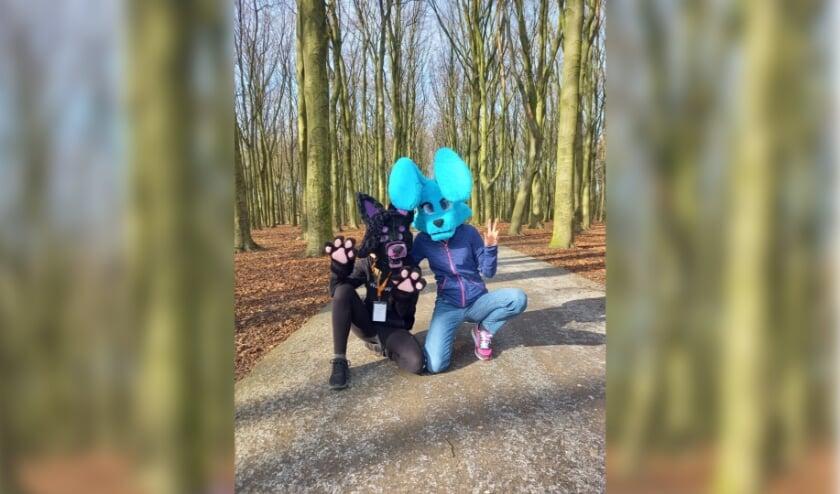 <p>Furries Milo en Springel en gespot in Rijswijkse bos</p>