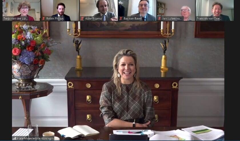 <p>Koningin M&aacute;xima online in gesprek met onderzoekers van de Universiteit Utrecht. Foto: UU</p>