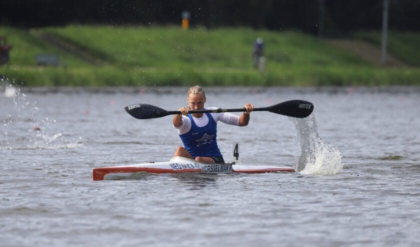 Ruth Vorsselman, Nederlands kampioen K1 500 en 1000 meter, is één van de kanosprinters in de nationale selectie. (Foto: Bert Oldenburg).
