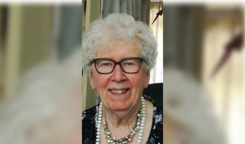 <p>Oma Lolkema is 90! Foto: Familie</p>