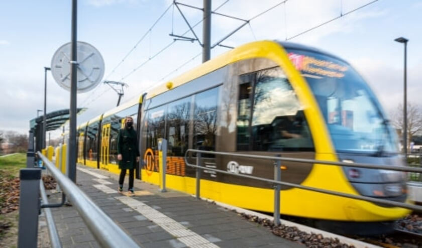 <p><strong>Komende zondag hervatten de nieuwe trams testritten op lijn 61 tussen Utrecht, Nieuwegein en IJsselstein.&nbsp;</strong>&nbsp;</p>