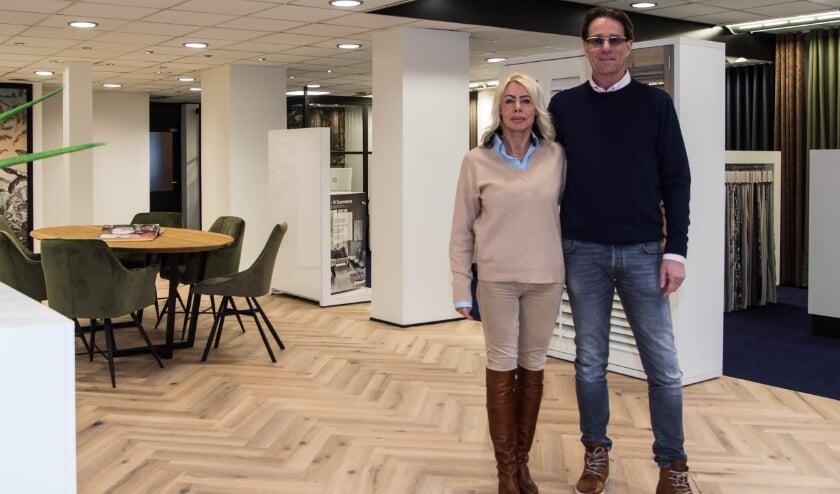 <p>Palmira en Berry, de nieuwe eigenaren van Hespa Woninginterieur.</p>