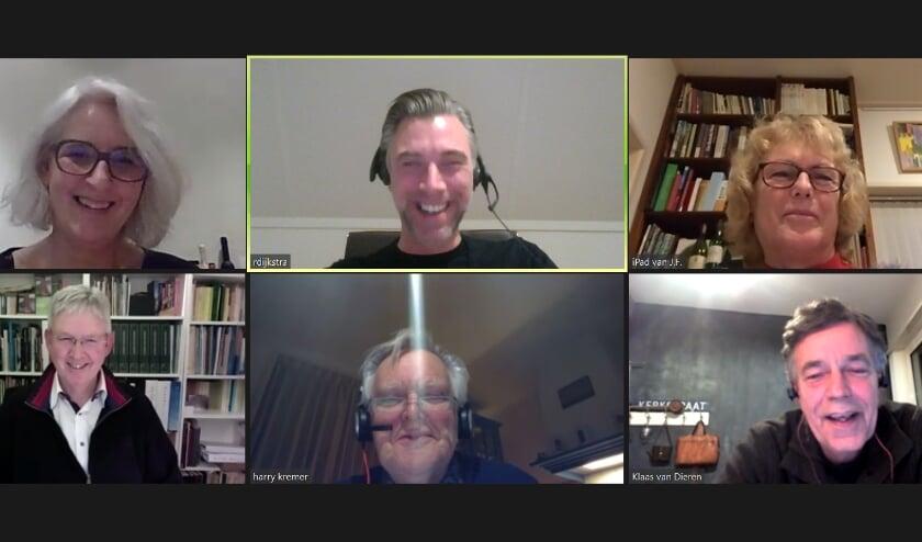 <p>Screenshot van de bijeenkomst, met op de bovenste rij van links af Hetty Scholten, Remco Dijkstra en Margreeth Hartman en op de onderste rij Teun Juk, Harry Kremer en Klaas van Dieren.</p>