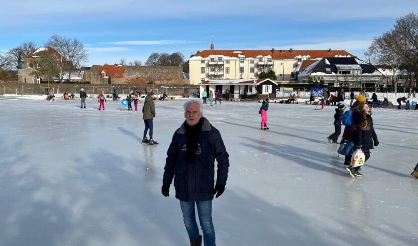 <p>Hans Glastra kijkt namens het bestuur van IJsclub Volmoed terug op een geslaagd ijsweekend. (foto: Marco Jansen)</p>