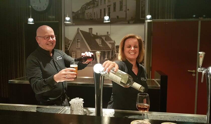 <p>Marcel Peters en Jessica de Rooij van St. Joseph/de Soos zijn een crowdfunding gestart met een geweldig resultaat. FOTO: Paul van den Dungen</p>