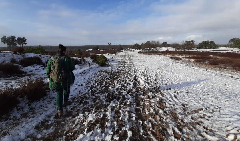 Wandelen door de sneeuw.