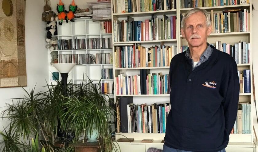 Sjoerd Jansen in zijn huiskamer