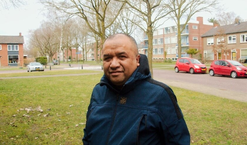 <p>Ichtus Rihanra met op de achtergrond de M9olukse wijk in Rijssen&nbsp;</p>