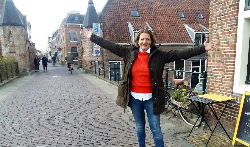 <p>&quot;IJsselsteiners zijn trots op hun stad&quot;, zegt Angelique van Lierop van Uit in IJsselstein. Dus stem IJsselstein in de top van de mooiste vestingsteden van Nederland.</p>