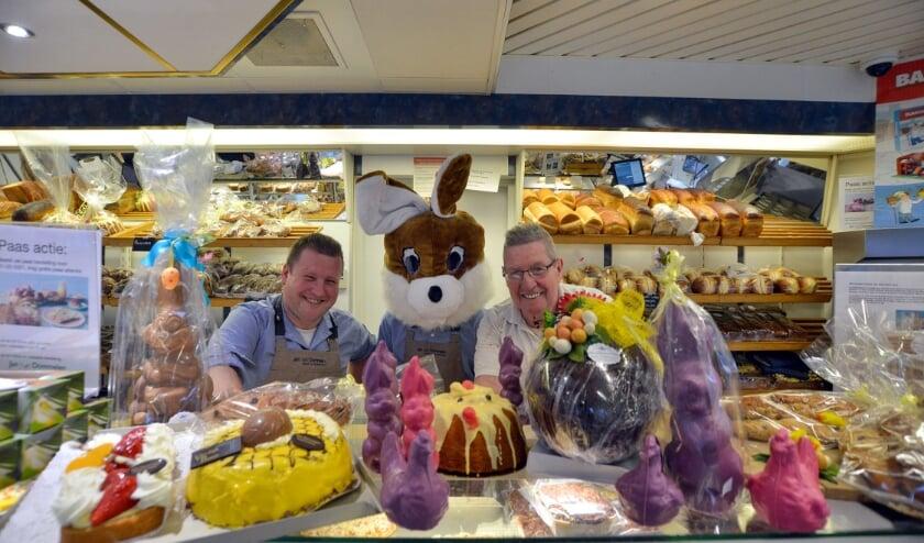 Montfoort 27-03-2021 Bakkerij Van Dommelen is klaar voor de Pasen.
