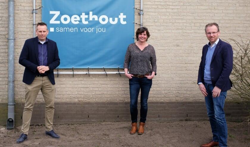 <p>Van links af CDA-Kamerlid Evert-Jan Slootweg, Mirjam Weitkamp (Zoethout) en wethouder Martijn Hospers</p>