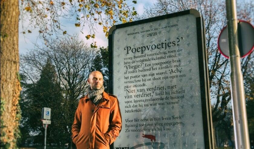 <p>Schrijver Jaap Robben voor een van de hoofdstukken van &#39;Biografie van een vlieg&#39;.</p>