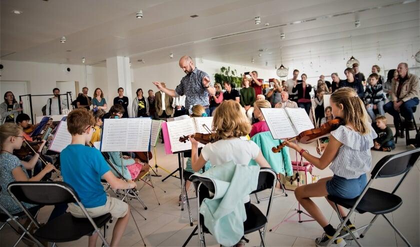 <p>Meer informatie over het Jeugdorkest is te vinden op www.jeugdorkestleidscherijn.nl en via @jeugdorkestlr op Facebook en Instagram. Foto: Dinger Knoop &nbsp;</p>