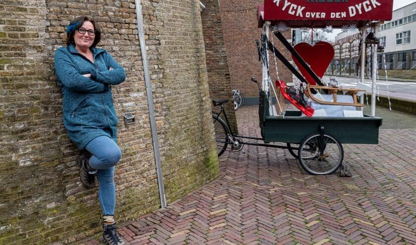 <p>Karin Feteris &ndash; van Gulik woont in Strijen en volgt een opleiding voor molenaar. Ze krijgt steeds meer waardering voor dit bijzondere beroep. (foto: Jan Koorneef)</p>