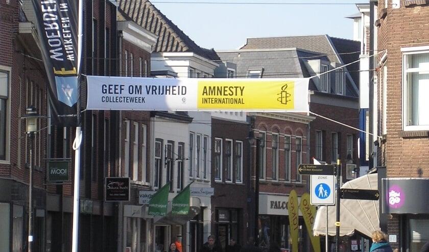 <p>Spandoek collecte Amnesty International Voorstraat Woerden.</p>