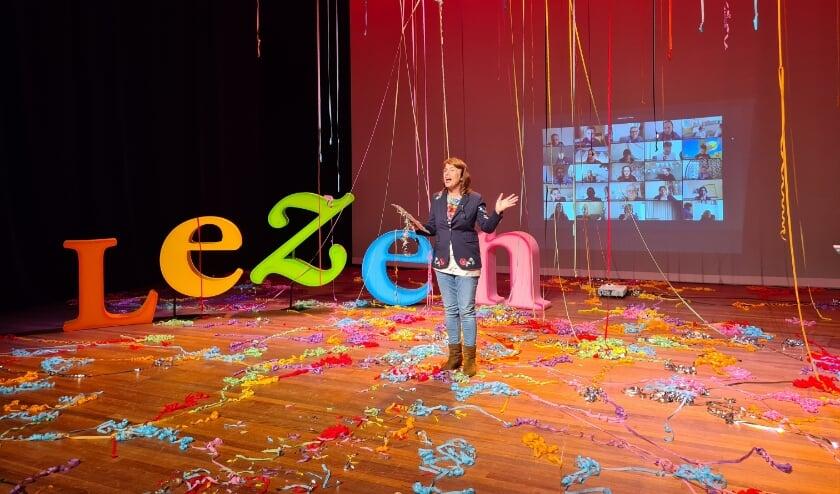 <p>Op 27 maart vond de Brabantse finale van de Nationale Voorleeswedstrijd plaats. Esmee Rikken uit Bergeijk is hier uitgeroepen tot &eacute;&eacute;n van de acht finalisten.&nbsp;</p>