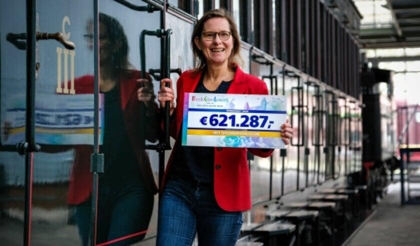 """""""Fantastisch dat zoveel deelnemers van de loterij ervoor kiezen om speciaal ons museum te steunen"""",  zegt directeur Nicole Kuppens. Eigen foto"""