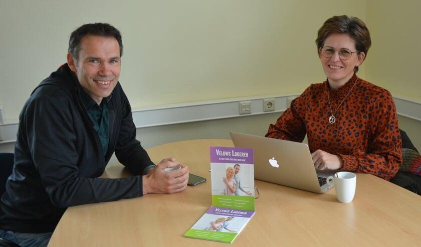 <p>Leonard van de Wetering en Mariska Boer geven professionele ondersteuning aan het project 'Veluws Logeren'.</p>