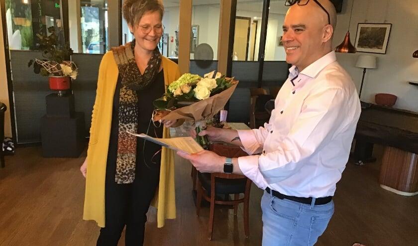 <p>Petra Brummel-Stegeman en uitbater Raoul Veira.&nbsp;</p>