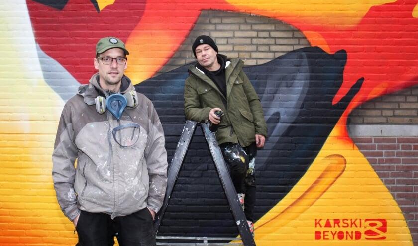 <p>Karski & Beyond hebben inmiddels negen muurschilderingen in Laak op hun naam staan. Ze hopen nog dit jaar een tiende in het stadsdeel te kunnen uitvoeren.&nbsp;<br><br></p>