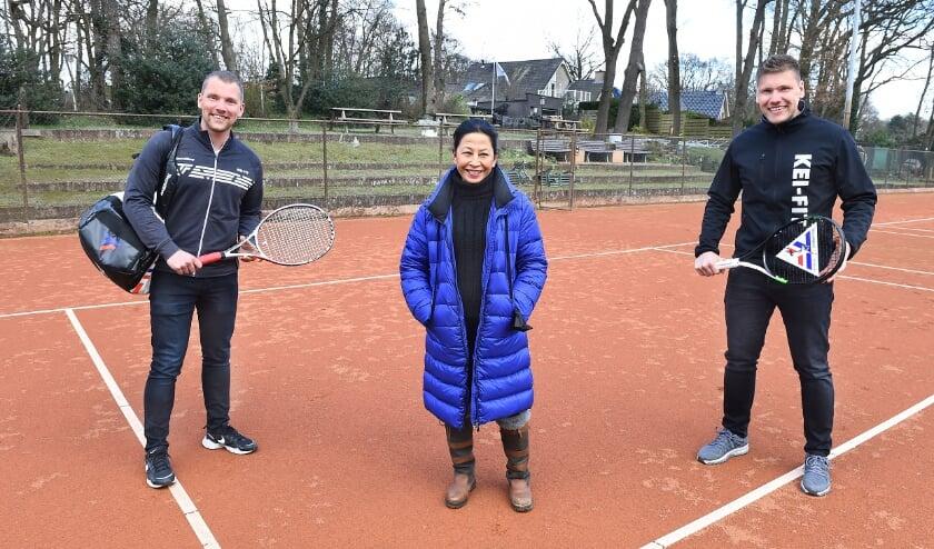 <p>Vlnr: Tim Tenten, Linda Maatman en Dennis Tenten.</p>