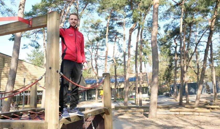 <p>Buurtsportcoach Robin Eerkens organiseert de Koningsspelen samen met de basisscholen.</p>
