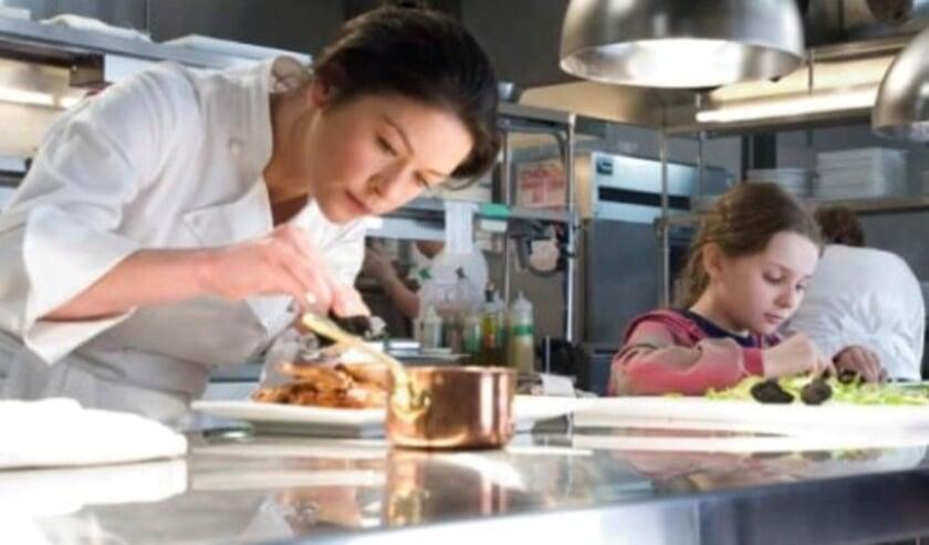 <p>Het concept van thuis een film kijken en tegelijk eten wat je ziet in de film is dit keer met steractrice Catherina Zeta-Jones in de film No Reservations. Foto: Parkvilla</p>