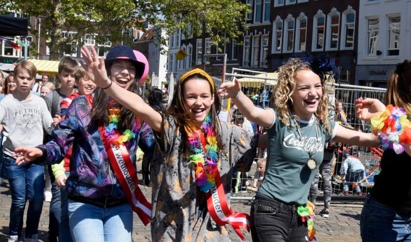 <p>Super Cool Kidsfeest in 2019. Polonaise op de Markt. Foto: Marianka Peters</p>