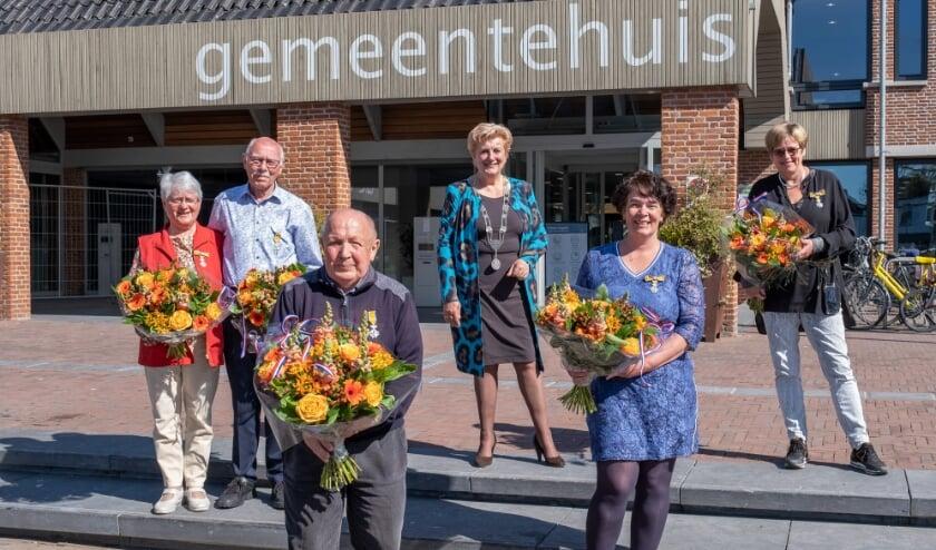 """<p pstyle=""""Fotobijschrift"""">Vijf inwoners van Ermelo zijn benoemd tot Lid in de Orde van Oranje Nassau. (foto: Hans Krudde)</p>"""
