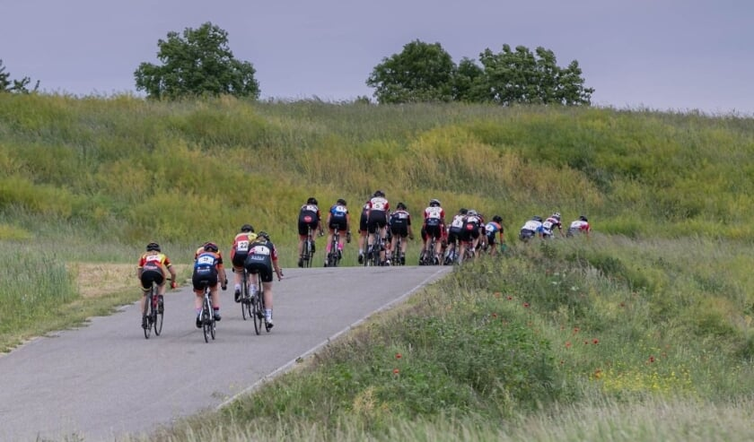 <p>De tweede editie van De Ronde van Utrecht vindt plaats op 20 juni bij de Nedereindse Berg. Foto: de Nedereindse Berg</p>