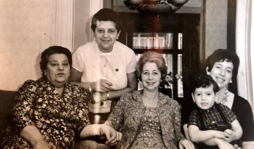 <p>Er wordt ouderwets lekker gekookt, zoals oma en tante dat deden.&nbsp;</p>