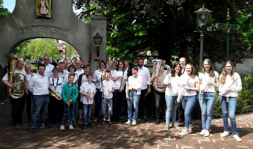 <p>Het leerlingenorkest van Sint Radbouw in de Efteling.&nbsp;</p>