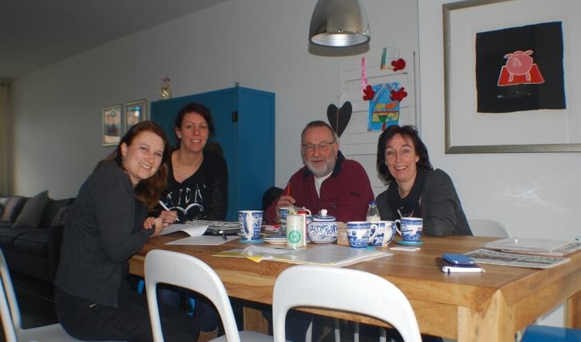 <p>Het bestuur van Stichting Harapan met van links naar rechts: Kim van den Bosch, Hanneke Renders, Jos van der Heijden en Jos&eacute; Meijer.&nbsp;</p>