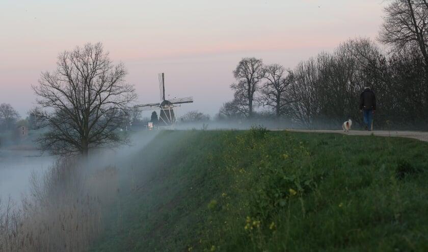 <p>mist over de dijk</p>