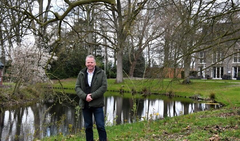 Ontwikkelaar Cor van Beers kijkt met trots naar de nieuwe grandeur van het park bij Groot Bijstervelt.