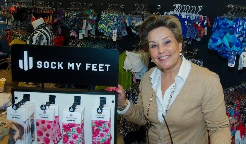 <p>Hetty Leppink is blij dat haar lingeriezaak weer open kan.</p>
